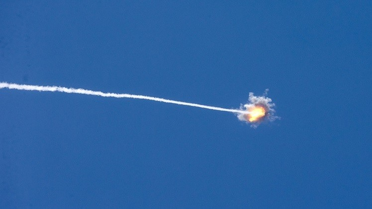 وسائل إعلام إسرائيلية تتحدث عن سقوط صواريخ من غزة على مستوطنات