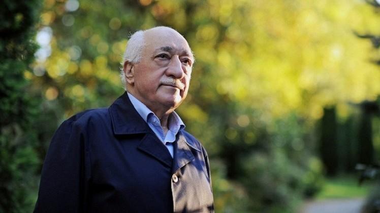 القضاء التركي يصدر مذكرة توقيف بحق المعارض غولن