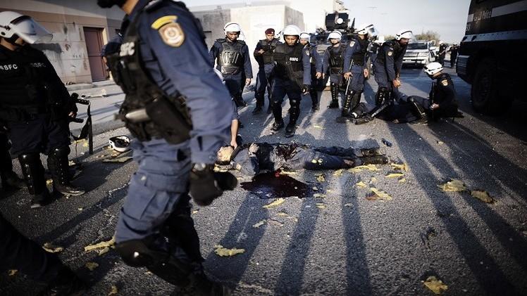 إصابة ثلاثة رجال شرطة بانفجار في البحرين