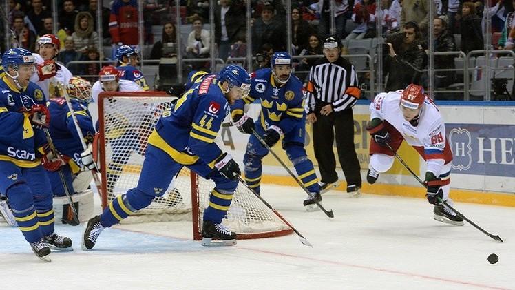روسيا تفوز بصعوبة على السويد بهوكي الجليد