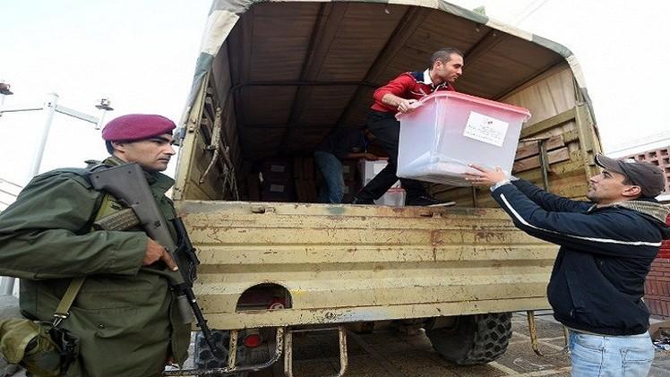 تونس.. إصابة جندي يحرس مركز اقتراع برصاص مسلح في القيروان
