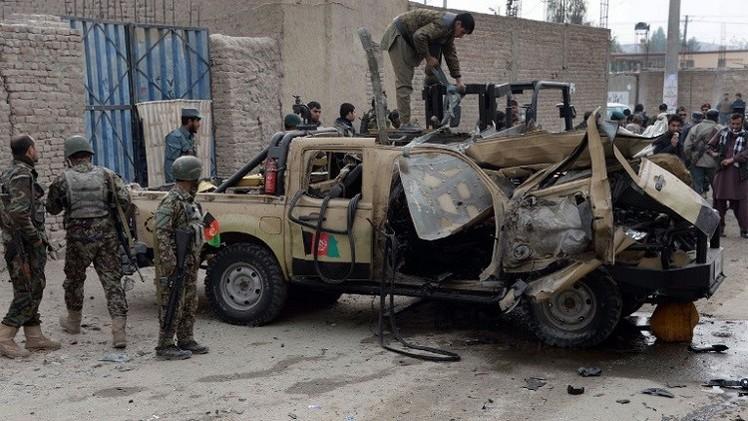 مقتل 14 شخصا منهم 7 أمنيين في عمليتين لحركة طالبان بأفغانستان