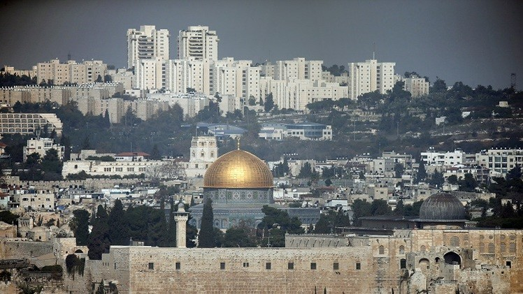68 إسرائيليا يقتحمون الأقصى
