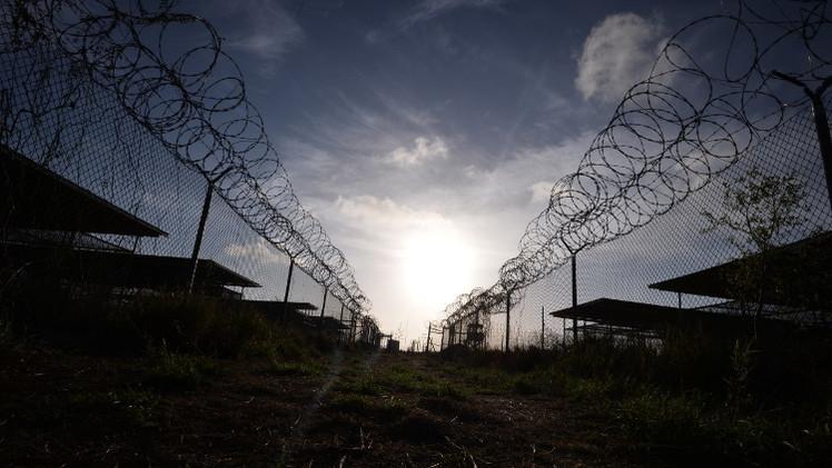 استقالة المسؤول عن نقل سجناء غوانتانامو إلى بلادهم