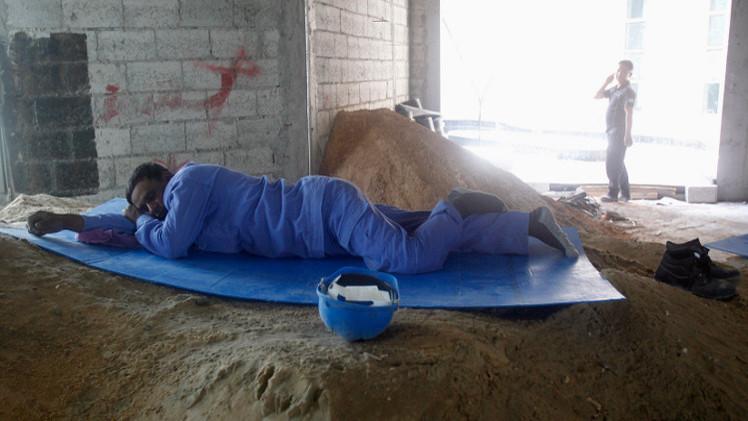 وفاة عامل كل يومين خلال تشييد منشآت كأس العالم في قطر
