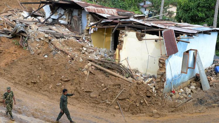 نزوح أكثر من 650 ألف شخص إثر فيضانات في سريلانكا