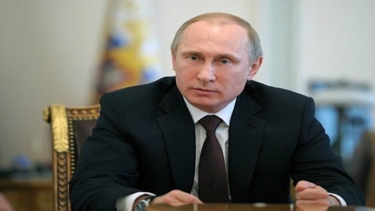 الرئيس الروسي يوقع قانونا حول رسملة البنوك