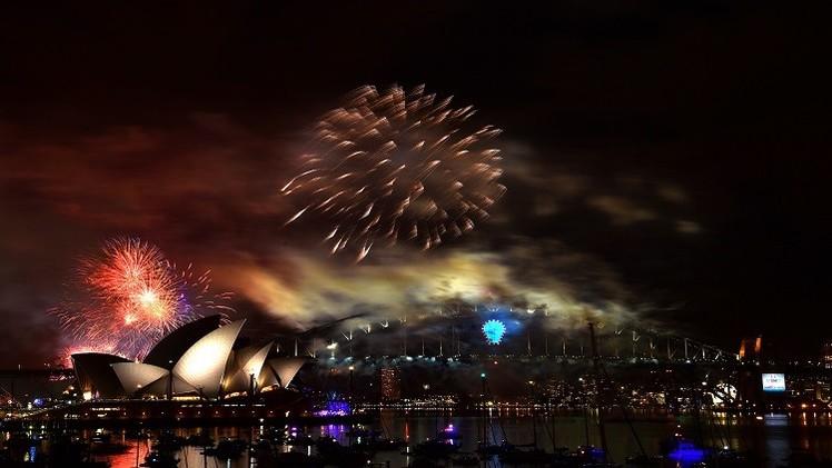 احتفالات صاخبة بالعام الجديد ودبي تبهر العالم