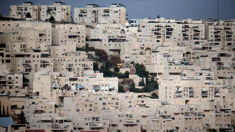 سرطان الاستيطان الإسرائيلي يلتهم الأرض والسلام