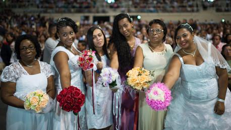 4000 عروس وعريس يحتفلون في أكبر حفل زواج جماعي في البرازيل