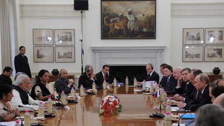 ثمار زيارة بوتين إلى الهند