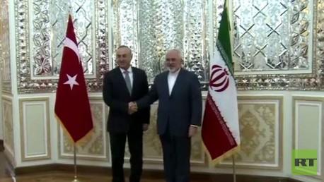 وزيرا الخارجية التركي والإيراني في طهران