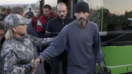 أسرى أوكرانيون أثناء عملية تبادل الأسرى: صورة أرشيفية
