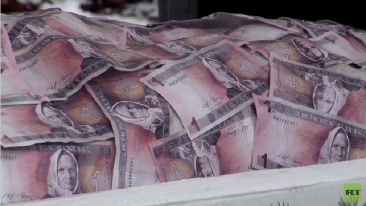 ليتوانيا تنضم إلى منطقة اليورو (فيديو)