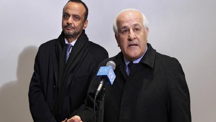 مندوب فلسطين بالأمم  المتحدة يسلم وثيقة الانضمام للمحكمة الجنائية الدولية