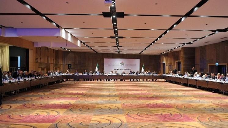 الائتلاف السوري المعارض يجتمع في اسطنبول لانتخاب رئيس جديد