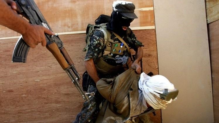 السلطات اليمنية تلقي القبض على 3 أجانب بتهمة الانتماء إلى
