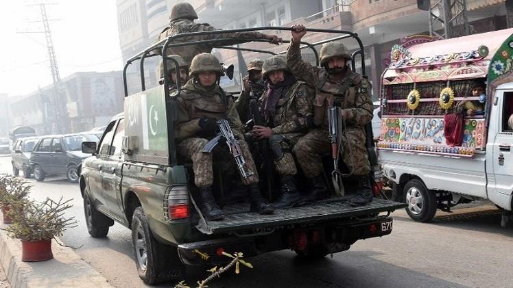 مقتل 31 متمردا في غارات جوية للجيش الباكستاني