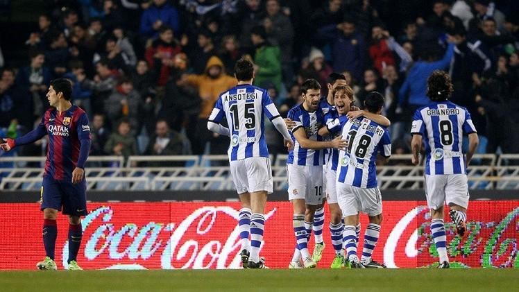 ريال سوسييداد يقهر برشلونة ويحرمه من صدارة الليغا