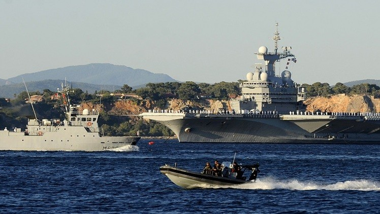 "فرنسا ترسل ""شارل ديغول"" الخليج لمحاربة ""داعش"" 54acb9e5601e9bc3338b"
