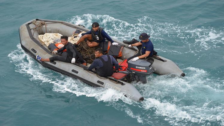 المنقذون الروس يؤكدون استعدادهم للمساعدة في رفع ذيل الطائرة الماليزية