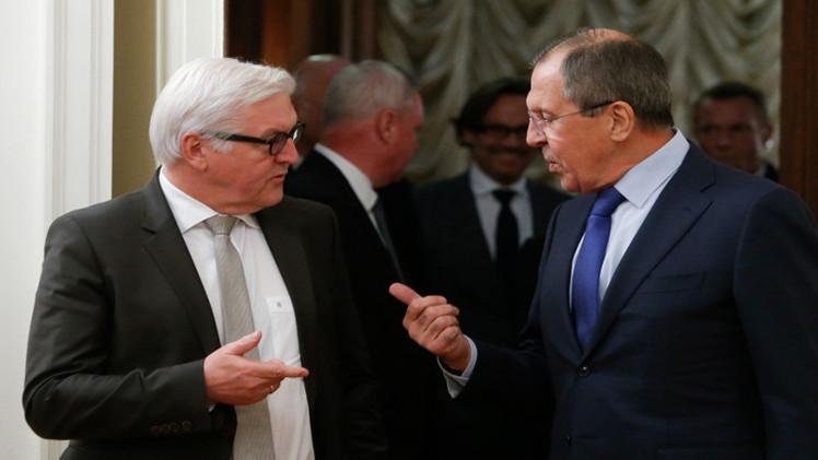 لافروف وشتاينماير يؤكدان أهمية تثبيت النهج الايجابي في تسوية الأزمة الأوكرانية