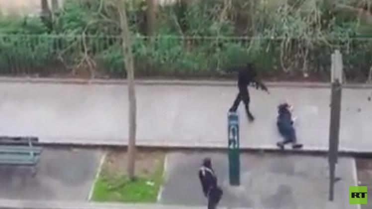 محققون فرنسيون: هناك علاقة بين قاتل الشرطية في مونروغ والأخوين