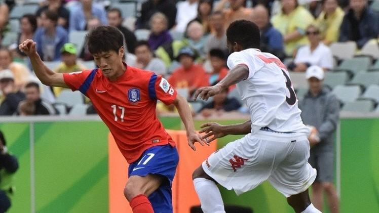 عمان تلحق بالكويت وتسقط أمام كوريا الجنوبية في كأس آسيا (فيديو)