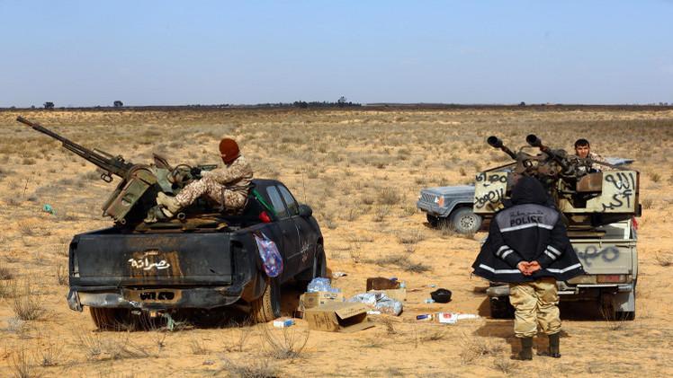 مقتل نحو 40 شخصا في مواجهات وغارات بليبيا