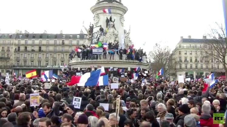 3.7 ملايين خرجوا ضد الإرهاب في أكبر تظاهرات بتاريخ فرنسا