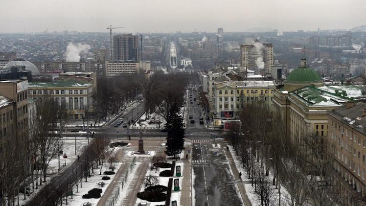 ستولتنبرغ يؤكد تخفيف حدة المواجهة وتفاقم الوضع الإنساني بشرق أوكرانيا