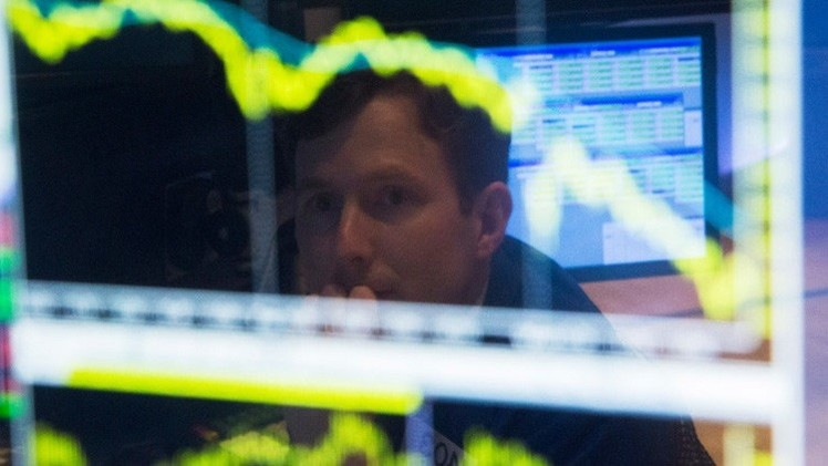 الأسهم الأمريكية تنخفض على خلفية هبوط أسعار النفط