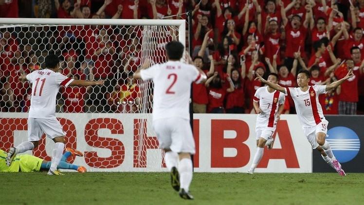 التنين الصيني إلى ربع نهائي كأس آسيا