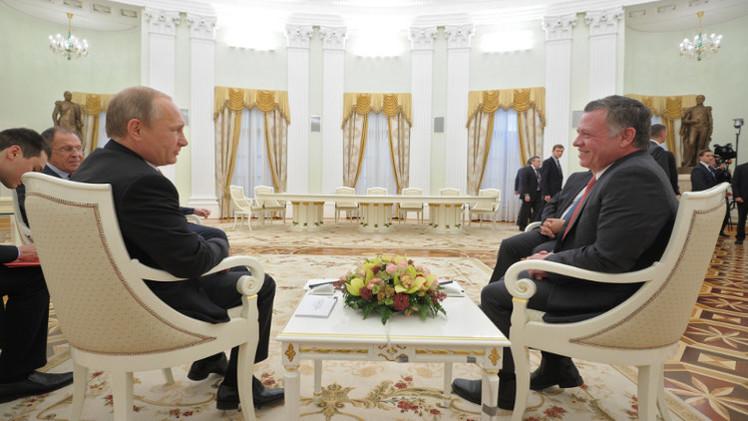 بوتين يبحث مع العاهل الأردني هاتفيا أمن الشرق الأوسط ومحاربة الإرهاب