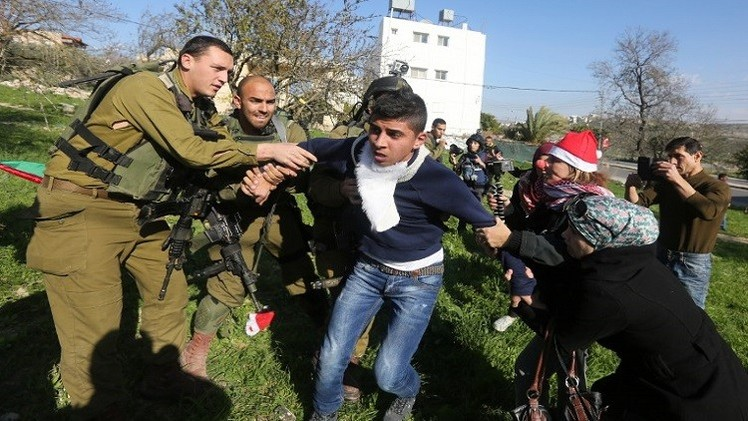 إسرائيل تعتقل 18 فلسطينيا في حملة عسكرية واسعة بالضفة الغربية والقدس
