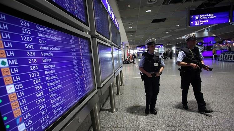 ألمانيا تشدد حظر السفر على إسلاميين متشددين