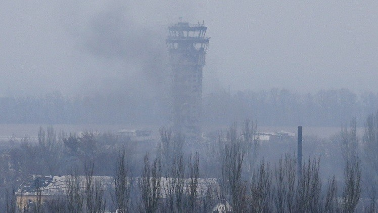 معارك مستمرة في محيط مطار دونيتسك