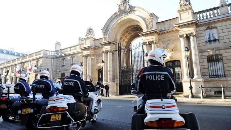 دهس شرطية عمدا أمام القصر الرئاسي بباريس