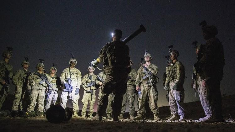 الجربا يلتقي ماكين في الرياض لبحث خطة تدريب المعارضة السورية المسلحة