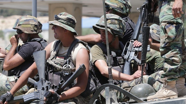 إصابة عدد من الجنود اللبنانيين بالاختناق جراء إطلاق الجيش الإسرائيلي قنابل مسيلة للدموع