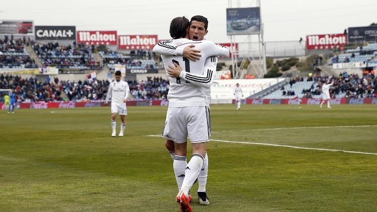 ريال مدريد يعمق جراح خيتافي بثلاثية في عقر داره