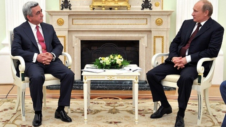 الرئيس الروسي يؤكد لنظيره الأرمني معاقبة المسؤولين عن حادث غيومري