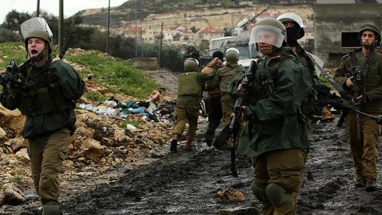 مقتل فلسطيني اختناقا بالغاز خلال مواجهات مع الشرطة الإسرائيلية في النقب