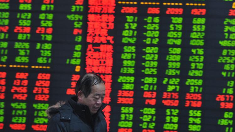 الأسهم الصينية تسجل أكبر خسائر يومية في 6 سنوات