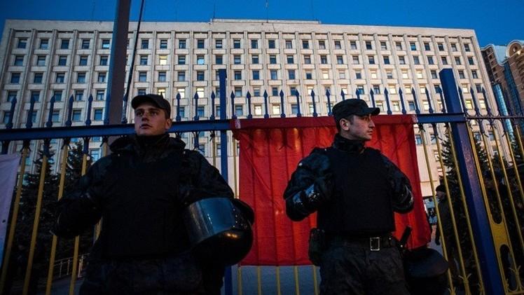 انفجار يطال مقر منظمة تطوعية في جنوب أوكرانيا