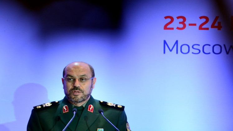 روسيا وإيران توقعان اتفاقية للتعاون العسكري (صور + فيديو)