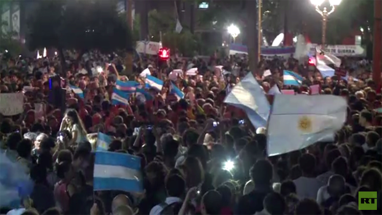 اتهام رئيسة الأرجنتين رسميا بحماية إرهابيين