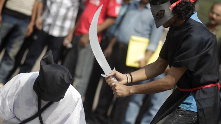 اعتقال سعودي لتصويره عملية إعدام امرأة في مكة على هاتفه المحمول