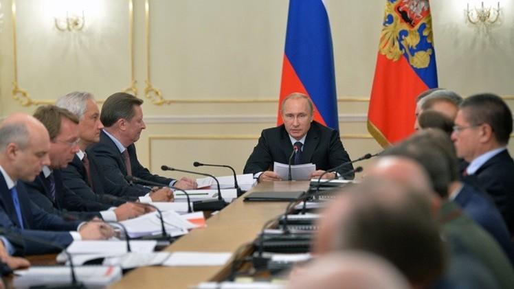 بوتين: روسيا سترد على كل التحديات دون الانجرار إلى سباق التسلح
