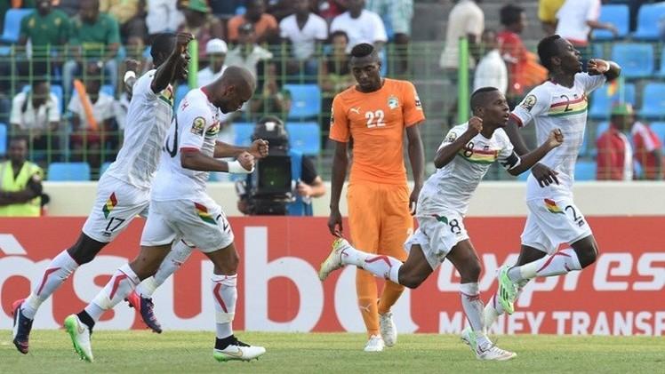 كأس إفريقيا.. الأفيال الإيفوارية تنجو من الهزيمة أمام غينيا
